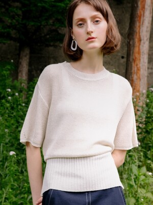 comos'197 back- ribbon puff sleeve knit (beige)