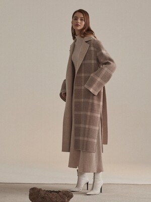 Reine Cashmere Blend Reversible Coat_Ivory Check