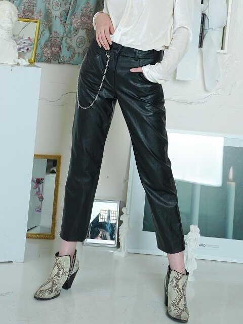 HEART CHAIN LEATHER PANTS [BLACK]