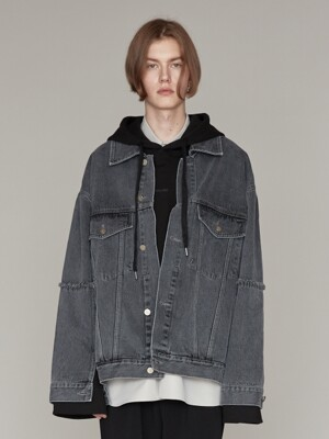 RAW EDGED DENIM TRUCKER JACKET GREY