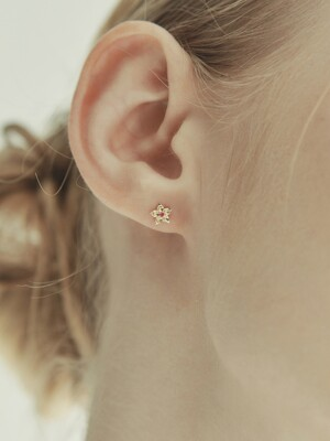 [단독] 14k gold Rubi gold flower earrings (14k 골드) b04