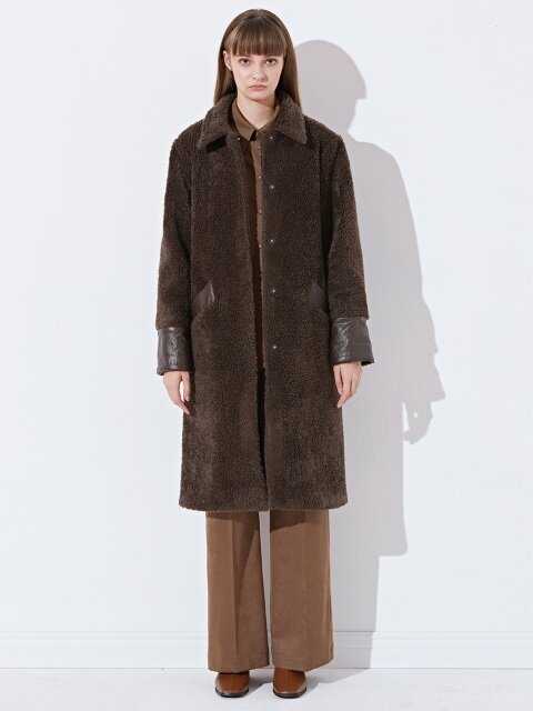FAKE LEATHER COLORATION FUR COAT_BROWN