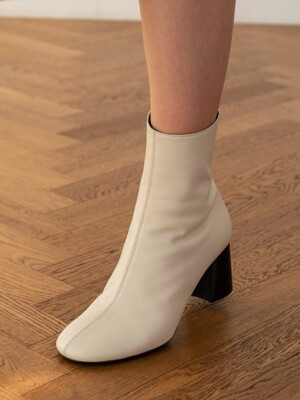 SOFT ANKLE BOOTS C8F13IV
