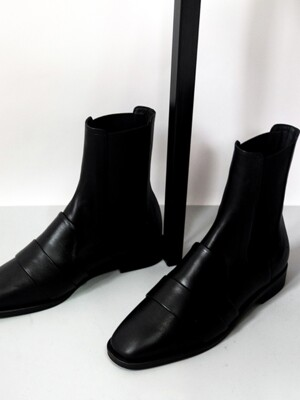 Ankle lock chelsea high boots