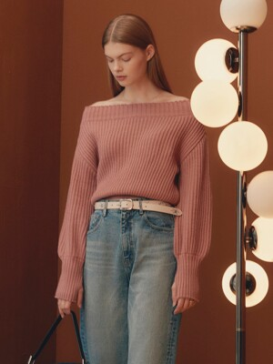 Warmer Off The Shoulder Knit in Rose Pink_VK0AP2220