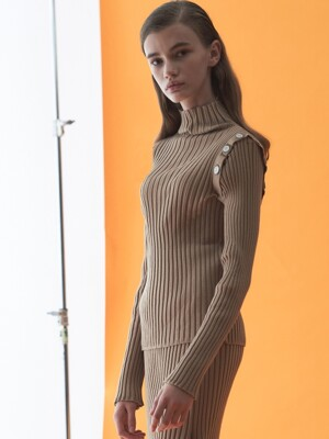 BUTTON KNIT TOP_CAMEL