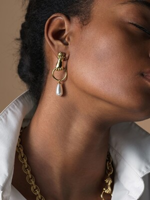 GRAB YOUR EYE Drop Pearl Earring