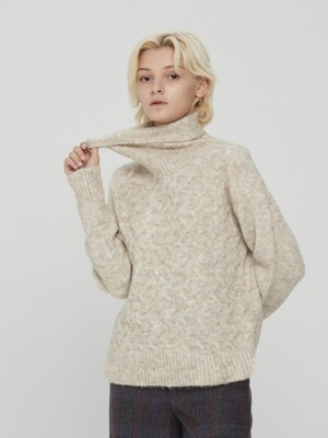 Twisted Turtle Neck Knit Beige