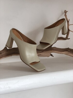 modern square unlined mules beige