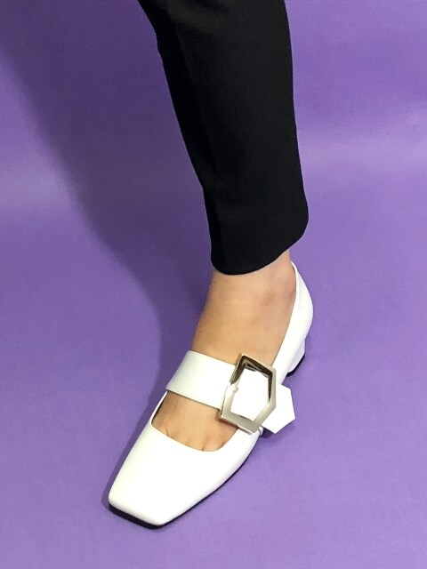 SQUARE BUCKLE STRAP PUMPS 4 M-IG-180803 WHITE