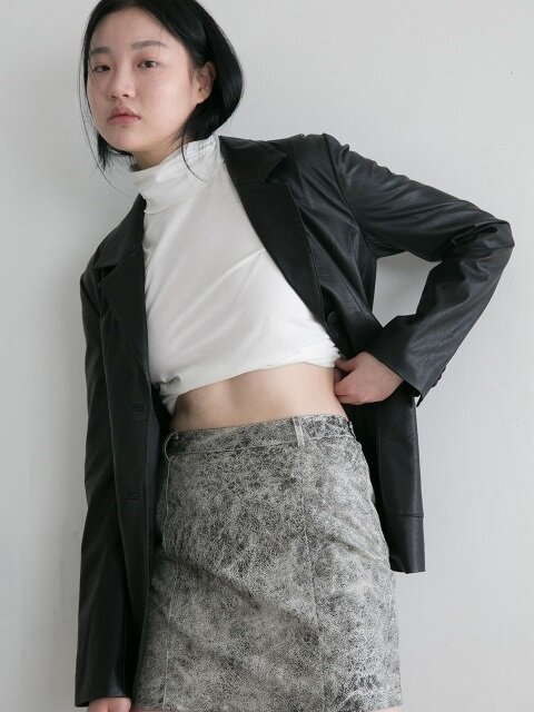 LEATHER SKIRT BLACK AND WHITE