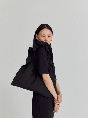SMALL GATHERED MATTE TOTE (BLACK)