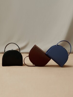 [EXCLUSIVE] HALFMOON FRAME BAG - 3 color