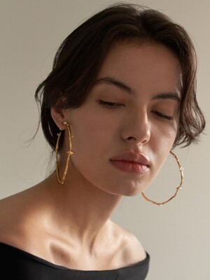 20k gold and pearl earring