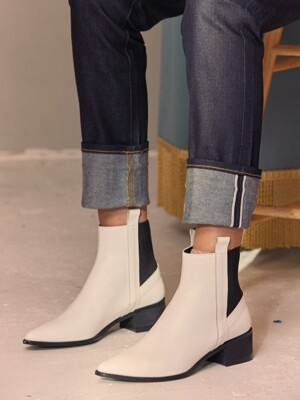 Mrc025 Side loop chelsea boots (White)