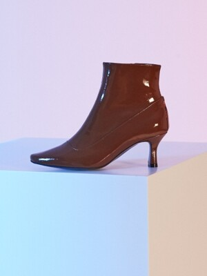 Dazzle Scent Boots Brown