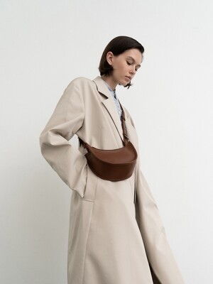 BANANE MINI HOBO - WALNUT BROWN