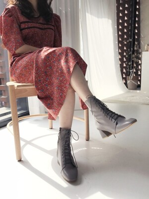 Retro Lace-up Boots (Grey)
