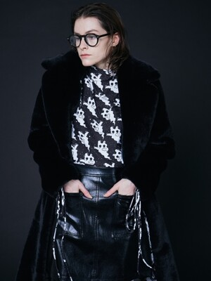BLACK BASIC FUR