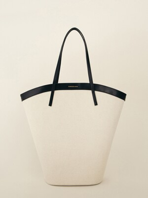 SS21 Curved Canvas Bag Large Ecru