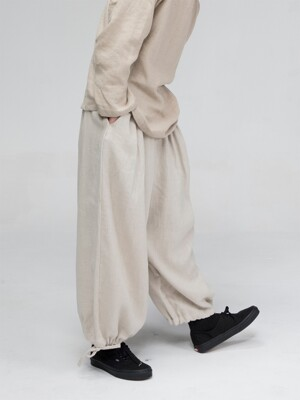 unisex balloon pants beige