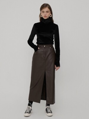 R DEEP SLIT ECO LEATHER SKIRT