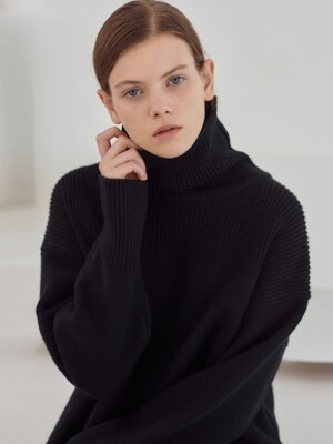 19WN turtleneck ops [BK]