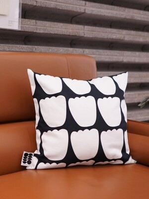 TULIP PARADE BLACK, 10수 Cushion, 50x50