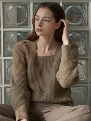 OU538 wool square neck puff knit (ash beige)