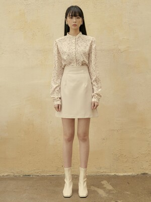 [단독][SET] FSTS SHIRRING PATTERN BLOUSE IVORY + FSTS MINI SKIRT CREAM