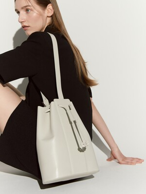 Tully bucket bag - cream