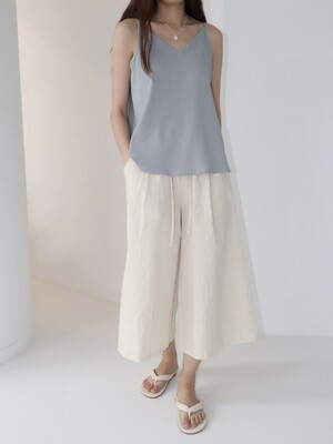 ESSENTIAL SLEEVELESS TOP - SKYBLUE