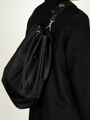 2WAY WATERLOO BLACK NYLON DUFFLE BAG