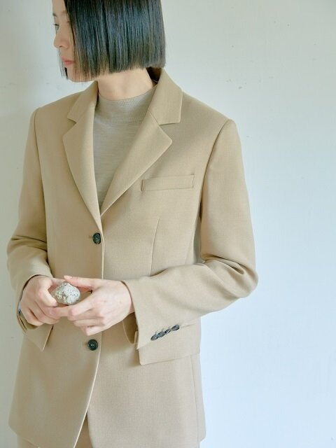 BEIGE DOUBLE FACE THREE BUTTON JACKET