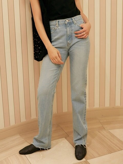 Rose Pocket Straight Jeans (Blue)_VJ8ML0810