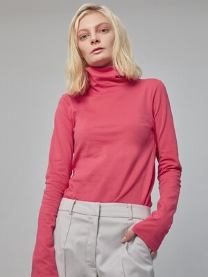 Pink turtleneck knit