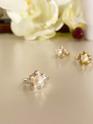 pearl flower ring R20