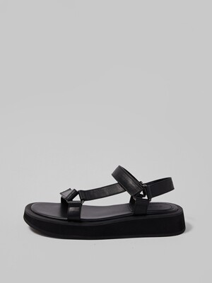 GO-OUT SANDAL [BLACK]