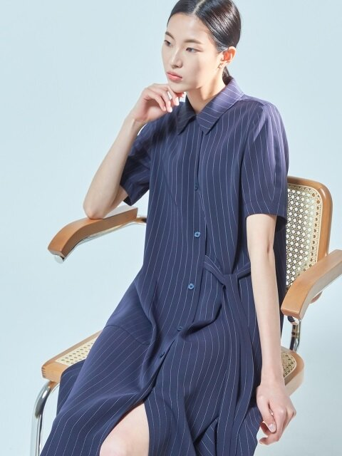 one pocket robe dress navy stripe
