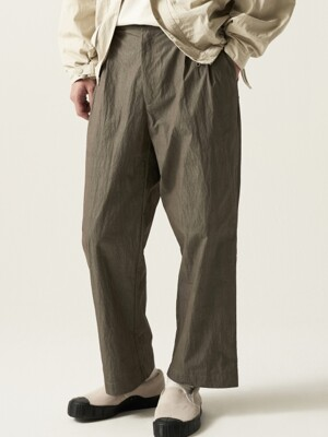 Fiber Two Tuck Pants Moss Khaki