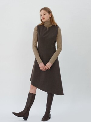 Unbalance Slit Point Dress_Deep Brown